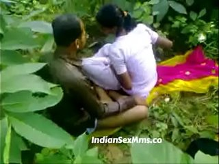Young fucking whore in India forest (new)