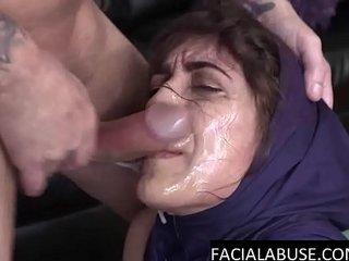 Arab cocksucker gags, pukes & slurps